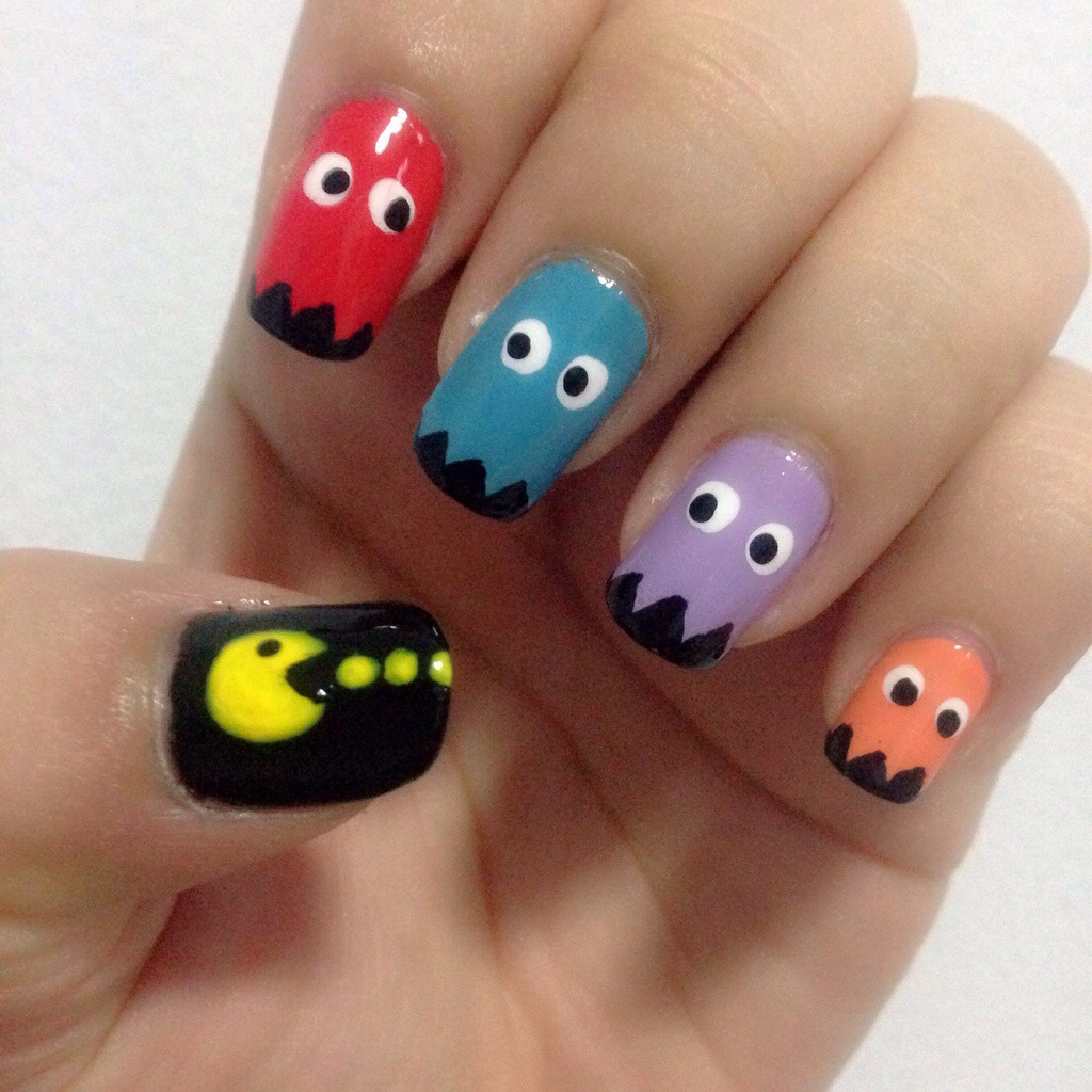 Nail Art Tempted To Love