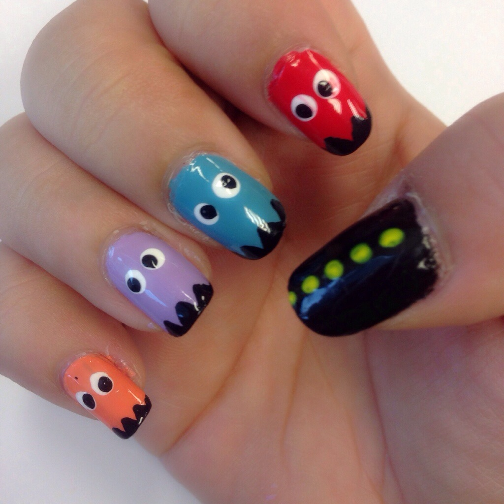 Nail art tempted to love pacman in action prinsesfo Image collections